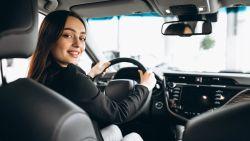 Waarom uw vader minder betaalt aan zijn autoverzekering