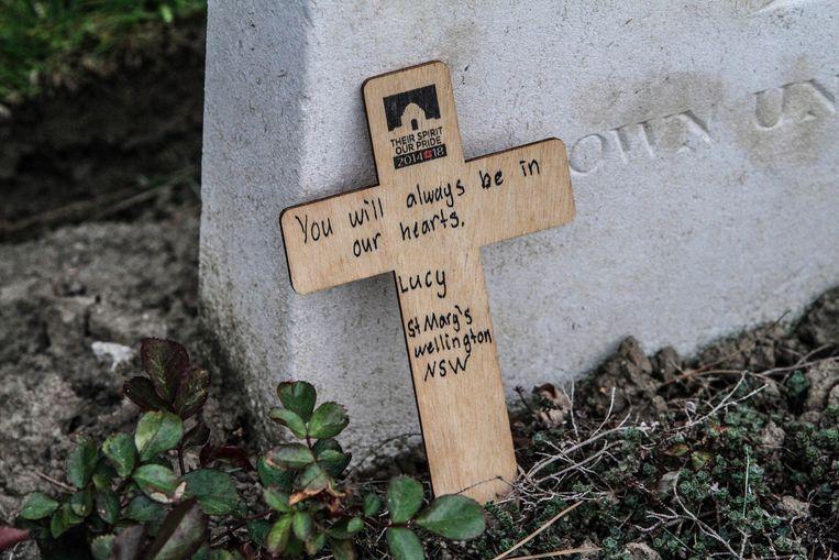 Een ontroerende boodschap aan een grafsteen.