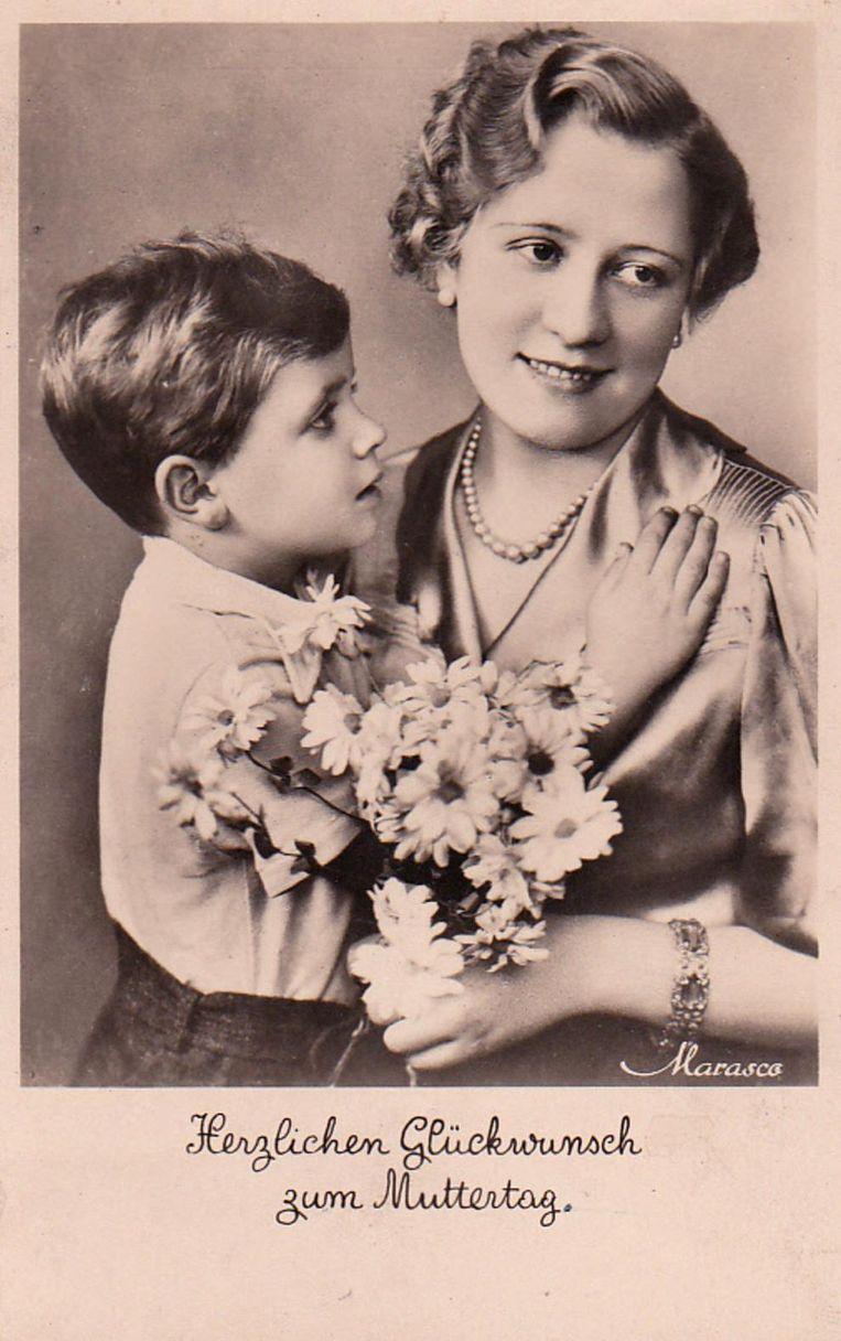 Prentbriefkaart over moederdag uit de verzameling van Tammo Schuringa. Beeld null
