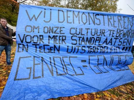 Enschede gaat Rijk en provincie om hulp vragen bij aanleg woonwagenplekken