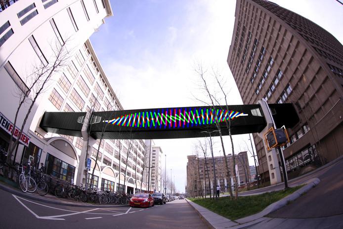 Het ontwerp van het lichtkunstwerk dat Motion Painting heeft gemaakt voor de loopbrug over de Torenallee op Strijp-S.  Door de aanlichting ontstaat er een bewegend geheel in het donker.