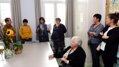 VZW Zonnelied zet de deuren van het oude gemeentehuis even open