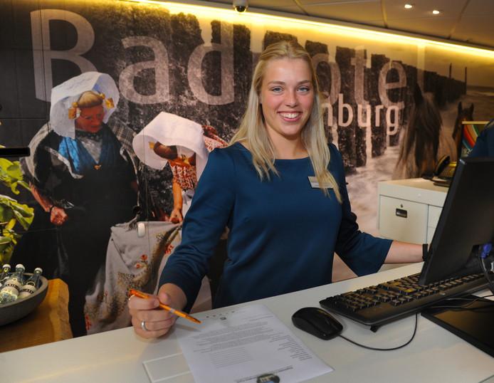 Sharon Meedendorp (17) begon dit voorjaar aan de praktijkroute horeca.