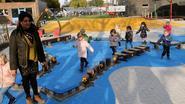 Leerlingen Toermalijn ravotten op nieuwe speelplaats