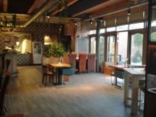 Grandcafé 2 Floors weer open, mét interieur