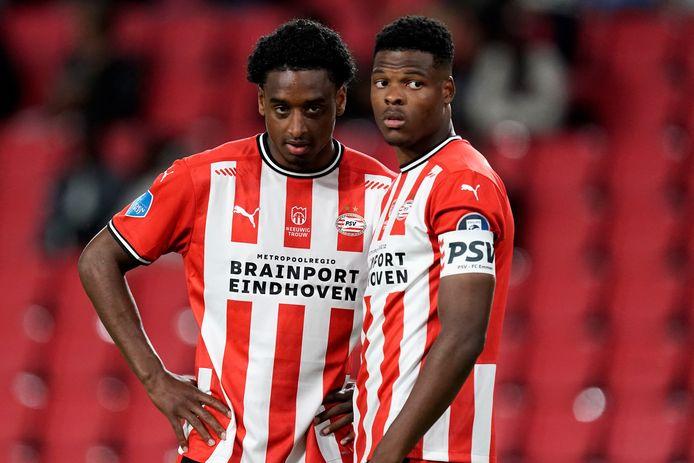 Pablo Rosario en Denzel Dumfries in het shirt van PSV.