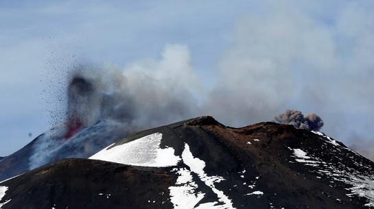 Foto van Uitbarsting Etna zorgt voor waanzinnige beelden