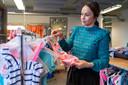 Directeur en oprichtster Sabine Hulsman van de Cookie Company een bedrijf dat kleding produceert voor entertainment bedijven zoals Universal, Nickelodeon. Het gaat kleding maken van petflessen.