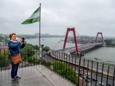 Op vakantie in eigen stad? Bekijk de Rotterdamse skyline eens vanaf het Witte Huis