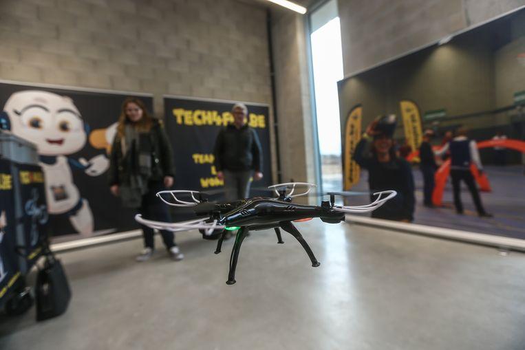 De demo's met drones kennen veel bijval bij het publiek.