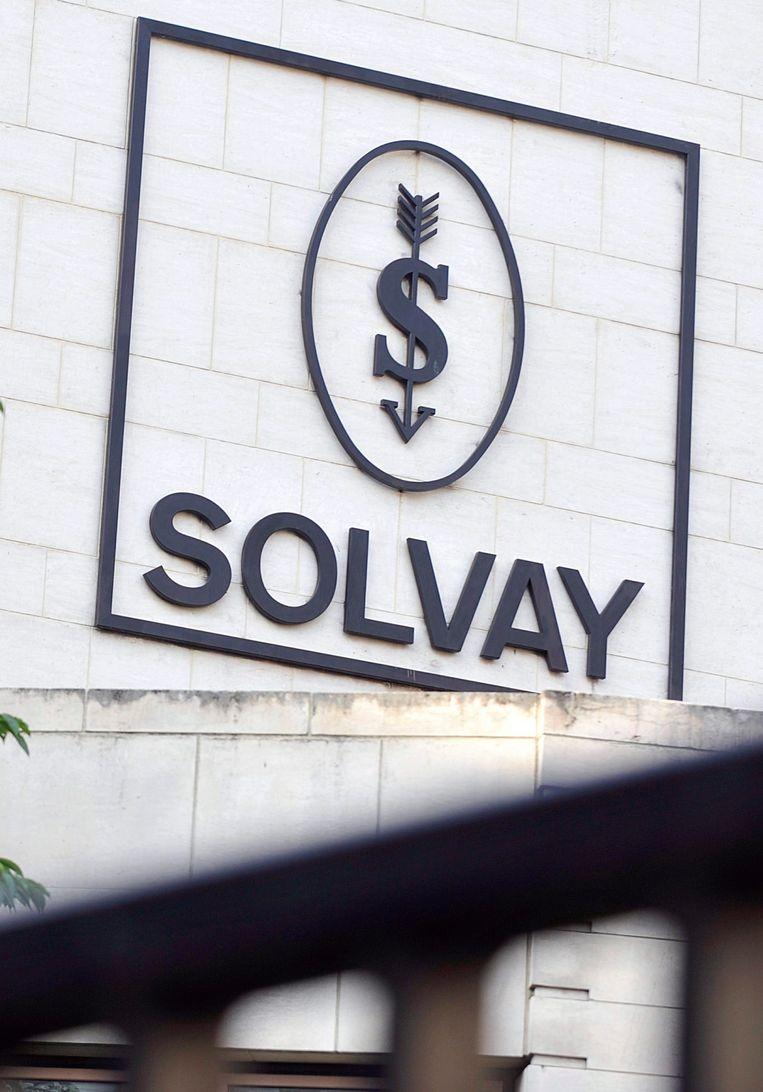 Het oude logo van Solvay.