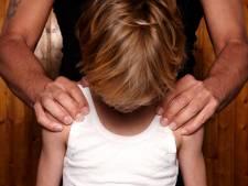 Leer kind op school om te gaan met emoties
