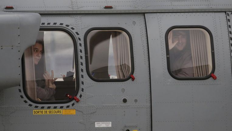 Afgelopen weekend kwamen twee in Syrië gegijzelde Fransen terug. Beeld reuters