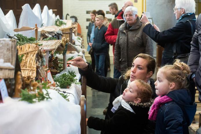 Kerststallenexpo in in de Sint Bavokerk Rijsbergen.
