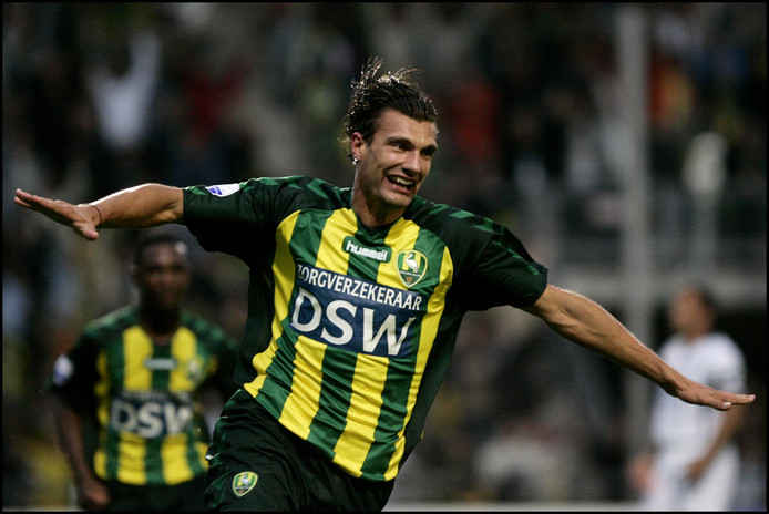 """Geert den Ouden scoorde in het Zuiderparkstadion tegen Heracles Almelo. ,,Het was niet heel dankbaar om op dat moment voor ADO Den Haag te spelen."""""""