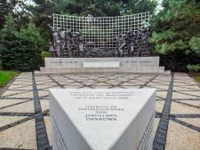 Grote belangstelling voor herdenking bij Indisch Monument