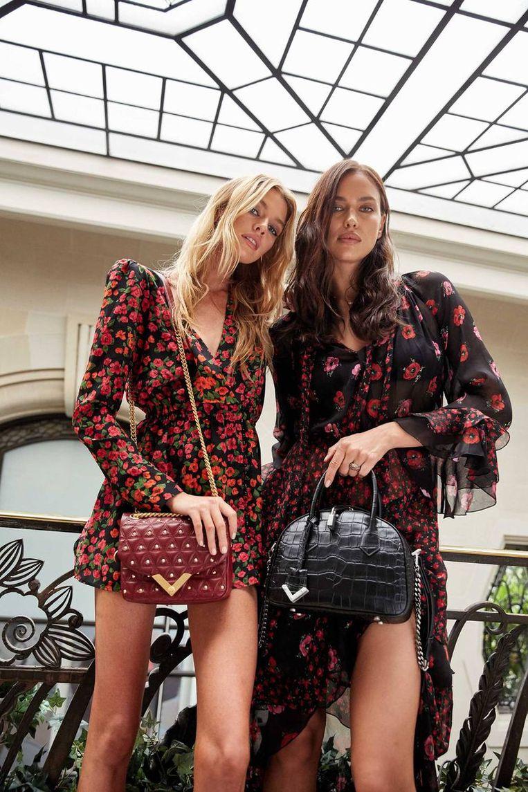 beb0e2f9bed Stella Maxwell en Irina Shayk ontwerpen voor The Kooples   Nina   HLN