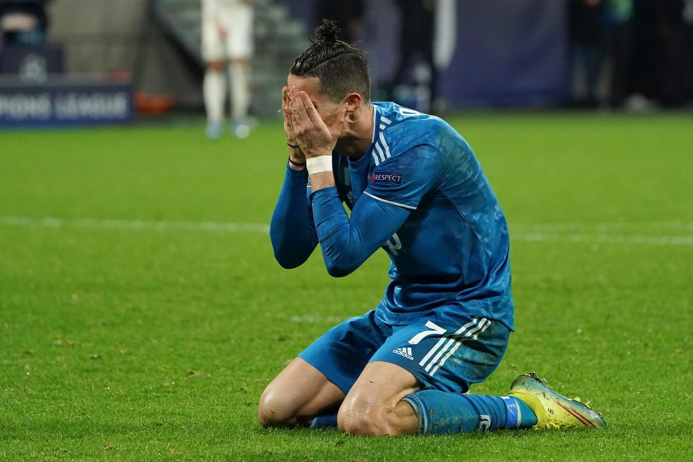 Ronaldo baalt.