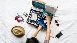Vijf zomergadgets onder 150 euro die niet mogen ontbreken in je reiskoffer