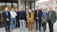 Yvan Vandenbrande (91) geeft kerstavond voor alleenstaanden door aan Johan Van Wassenhove (53)