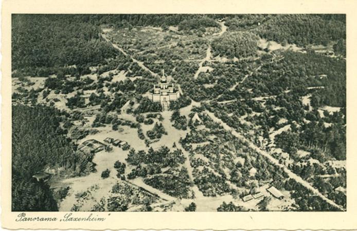Luchtfoto kampeercentrum Saxenheim in Vierhouten. Foto zou in 1935 zijn genomen.