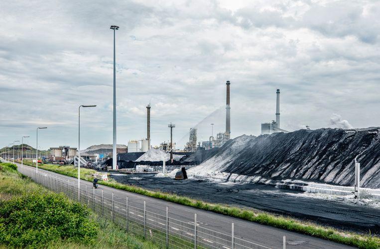 Tata Steel in Velsen. Beeld Raymond Rutting / De Volkskrant