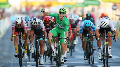 Groene trui Bennett wint koninklijke sprint op de Champs-Élysées, Pogacar eindwinnaar