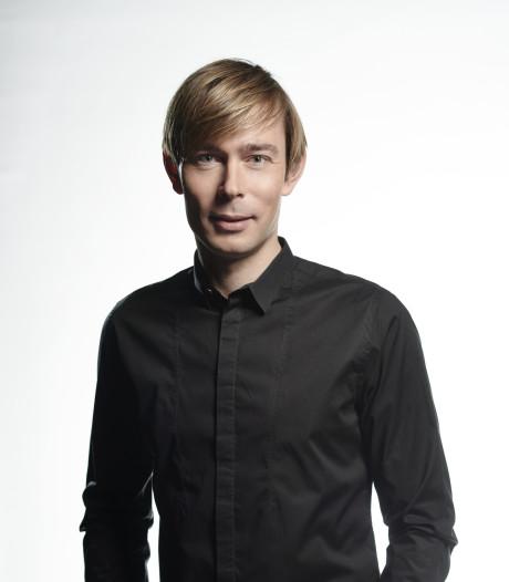 Qmusic-dj Martijn Kolkman sleept Nachtwacht Award in de wacht voor beste nachtprogramma
