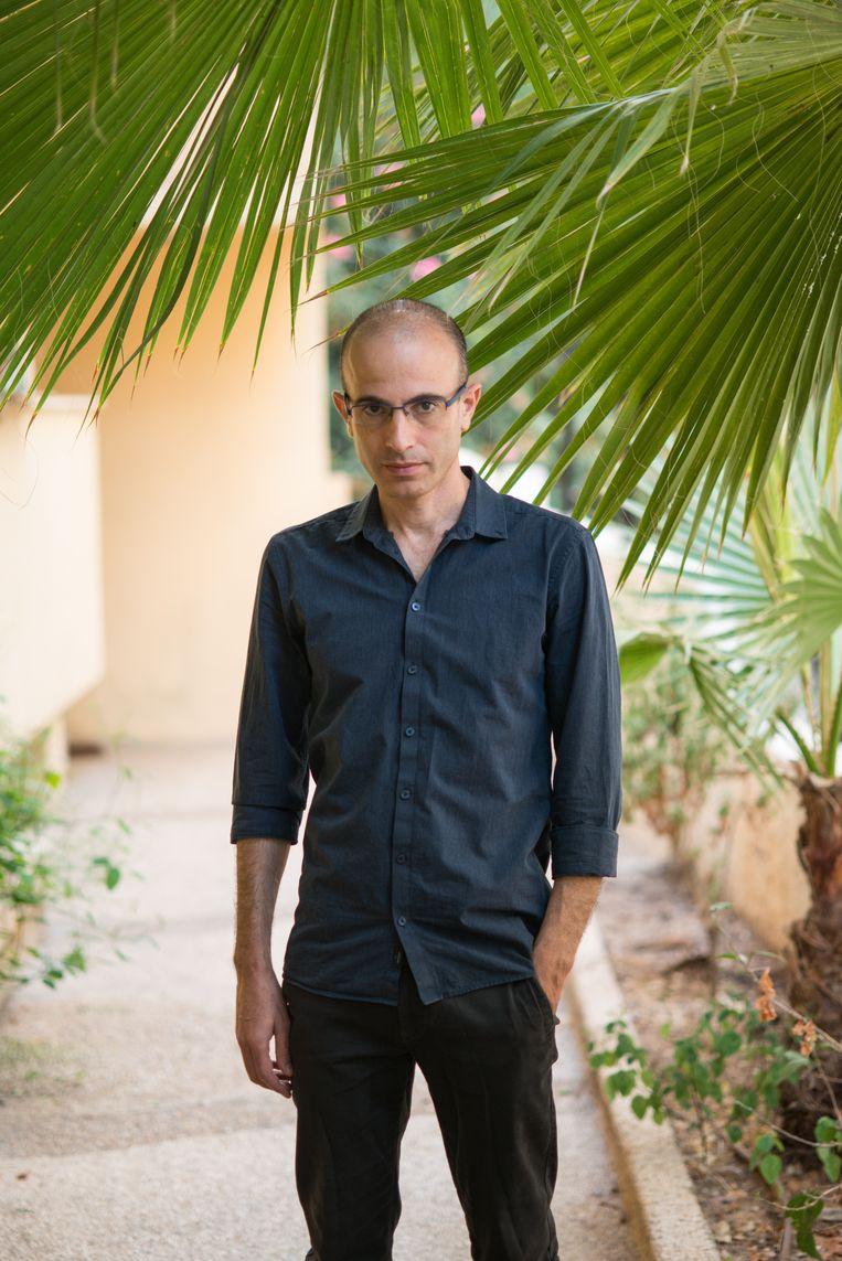 Yuval Noah Harari. Na het aantreden van uitgever Arend Hosman ging Thomas Rap steeds meer titels uitbrengen die niet alleen commercieel waren maar ook best chic, zoals die van deze Israëlische bestsellerauteur.  Beeld Sasha Tamarin