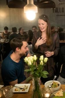 Tientallen Amerikanen werken in Den Bosch en zijn dol op Sint, Thanksgiving én Oeteldonk