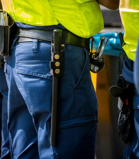 Boetes geëist tegen agenten wegens geweld bij Breukelen