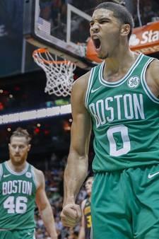 Ontketende Celtics denderen maar door in de NBA