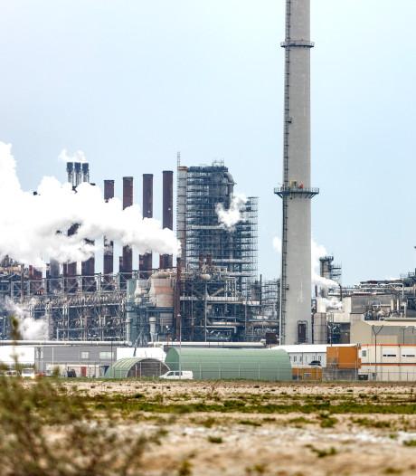 Stikstof legt industrie op Moerdijk lam