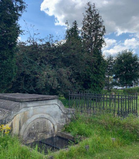 'Unieke' begraafplaats moet met opknapbeurt allure terugkrijgen