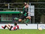 Handbaluitslag zorgt voor schaamte bij Oosterhout, jarige Osman Aslan trakteert RFC op eerste zege