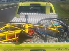 Verdwaalde Yellow Biker van snelweg gehaald