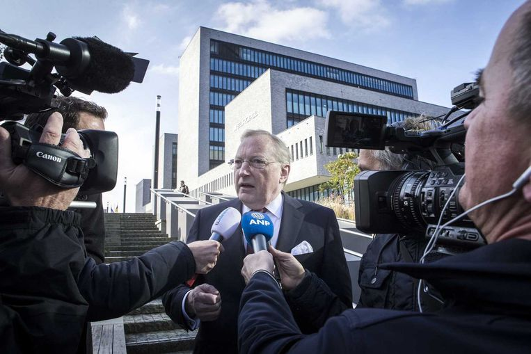 Tjibbe Joustra voorzitter van de Onderzoeksraad voor Veiligheid (OVV) staat de pers te woord bij het World Forum in Den Haag. Beeld anp