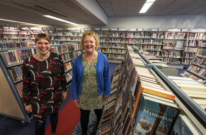 Organisatiecomité van de gedichten- en verhalenwedstrijd in Best, Hubertine van den Biggelaar (links) en Ingrid van Beek.