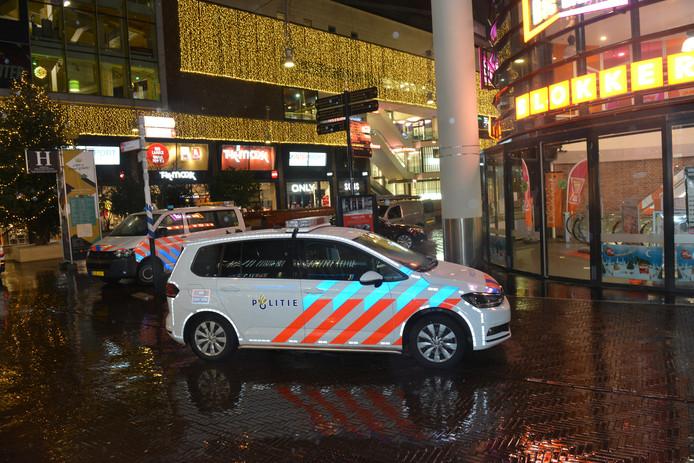 Overval op Blokker in Grote Marktstraat in Den Haag