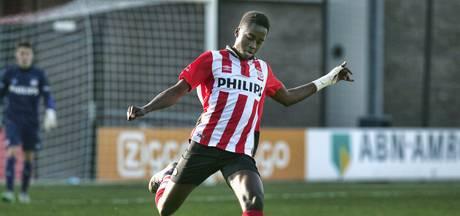 Jordan Teze (18) maakt debuut in betaald voetbal bij Jong PSV