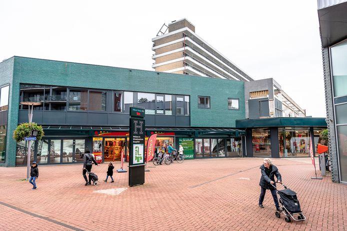 Apartementen boven WC de Binnenban in Hoogvliet Rotterdam