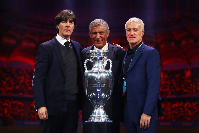 Joachim Löw (Duitsland), Fernando Santos (Portugal) en Didier Deschamps (Frankrijk), de bondscoach van de drie toplanden in Groep F.