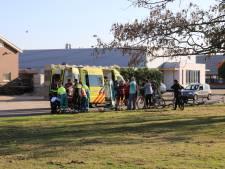 Wielrenner gewond na val op bedrijventerrein de Aam