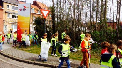 Leerlingen van Mariadal  tegen zwerfvuil