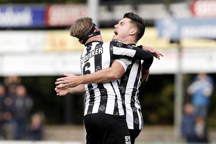 Thijs van Pol van VV Gemert scoorde de 0-1 na een assist van Willem den Dekker