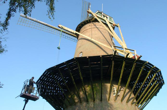 Stellingmolen De Eendragt aan de Zuidhollandsedijk in Kaatsheuvel krijgt een flinke opknapbeurt. De provincie heeft vier ton subsidie beschikbaar gesteld.
