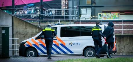 Winkelier geduwd en bespuugd door groep jongeren in Houten: één jongen aangehouden