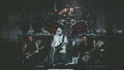 """Gitarist van Rammstein heeft slecht nieuws voor de fans: """"Mogelijk laatste album"""""""