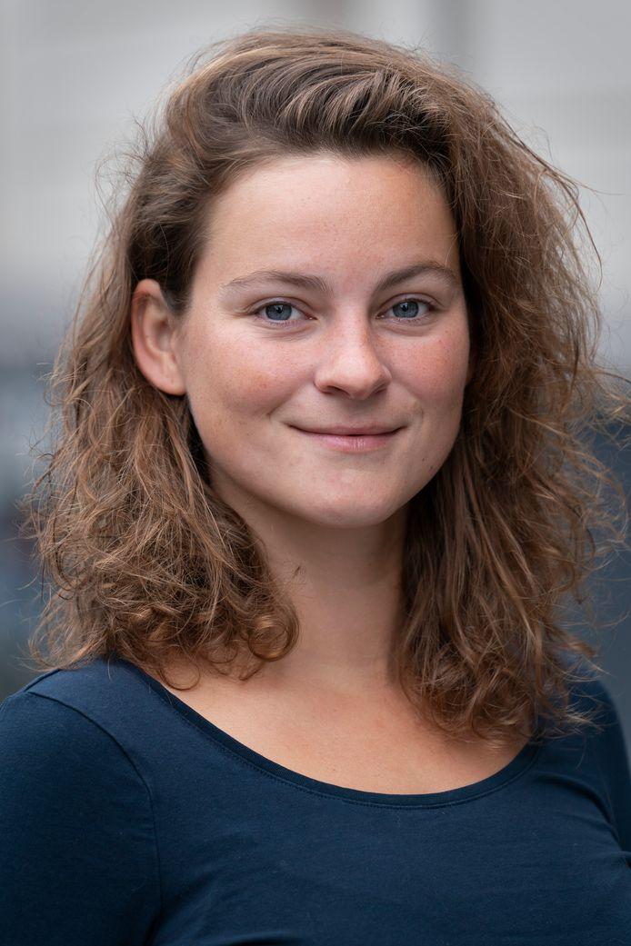 Zangeres en muzikant Eva van Pelt: ,,Het zit diep in onze cultuur ingebakken dat mensen gaan zitten en kijken naar wat er is gemaakt, maar dat is niet hoe ik het zie. ''