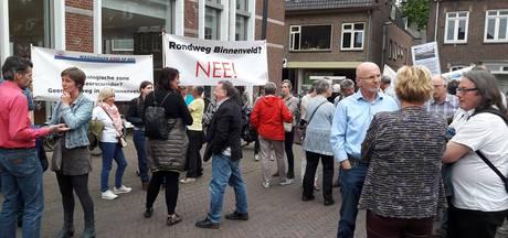 Wageningers demonstreren tegen nieuwe weg langs campus